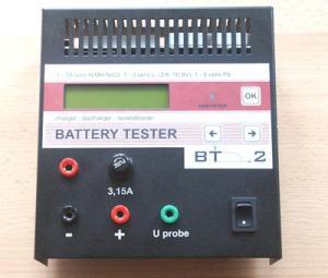 Tester baterií BT2