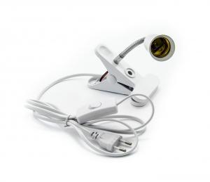 Objímka E27 s klipem, vypínačem a zástrčkou 10cm