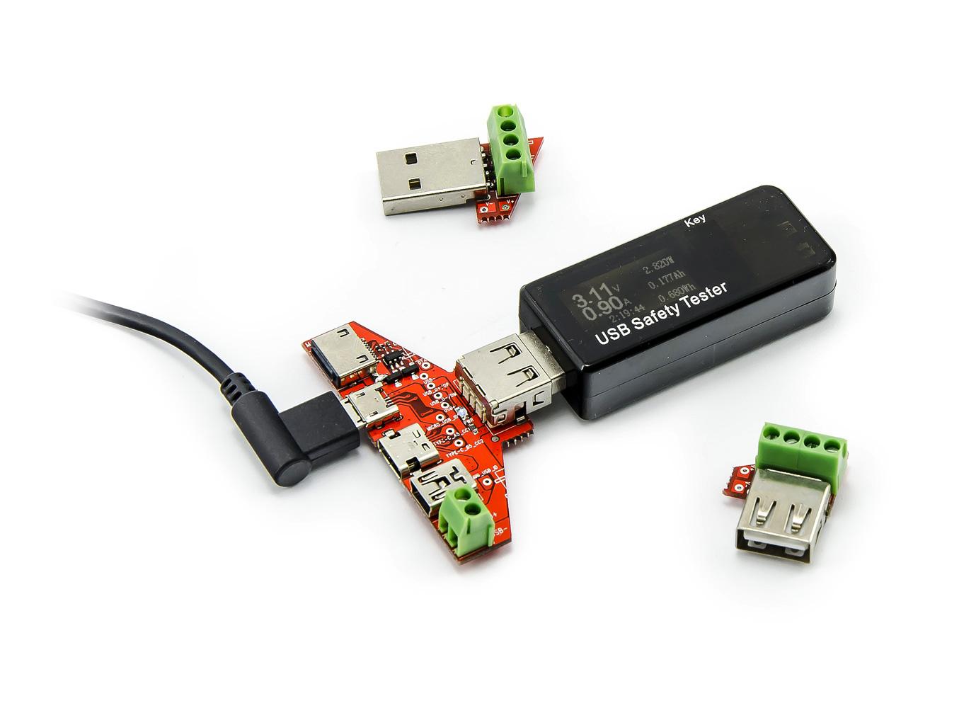 USB tester s redukcemi Lightning, USB-C, mini a micro USB, 3-30V, 0-5A