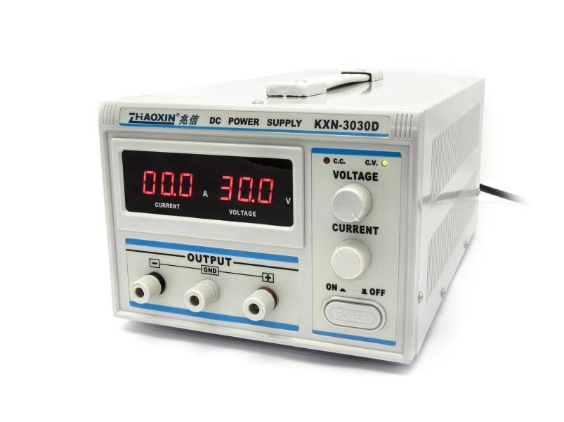 Laboratorní zdroj KXN-3030D 0-30V/30A