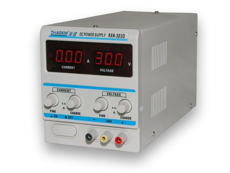 Laboratorní zdroj RXN-303D 0-30V/3A