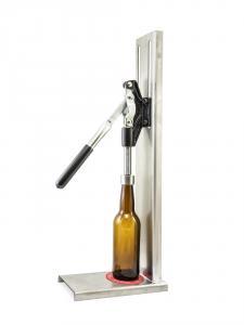 Velká páková zátkovačka pivních a sirupových lahví