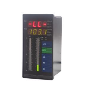 Kontrolér hladiny kapaliny se dvěma vstupy pro hydrostatická čidla