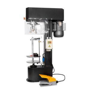 Poloautomatická zátkovačka na šroubové hliníkové uzávěry skleněných lahví