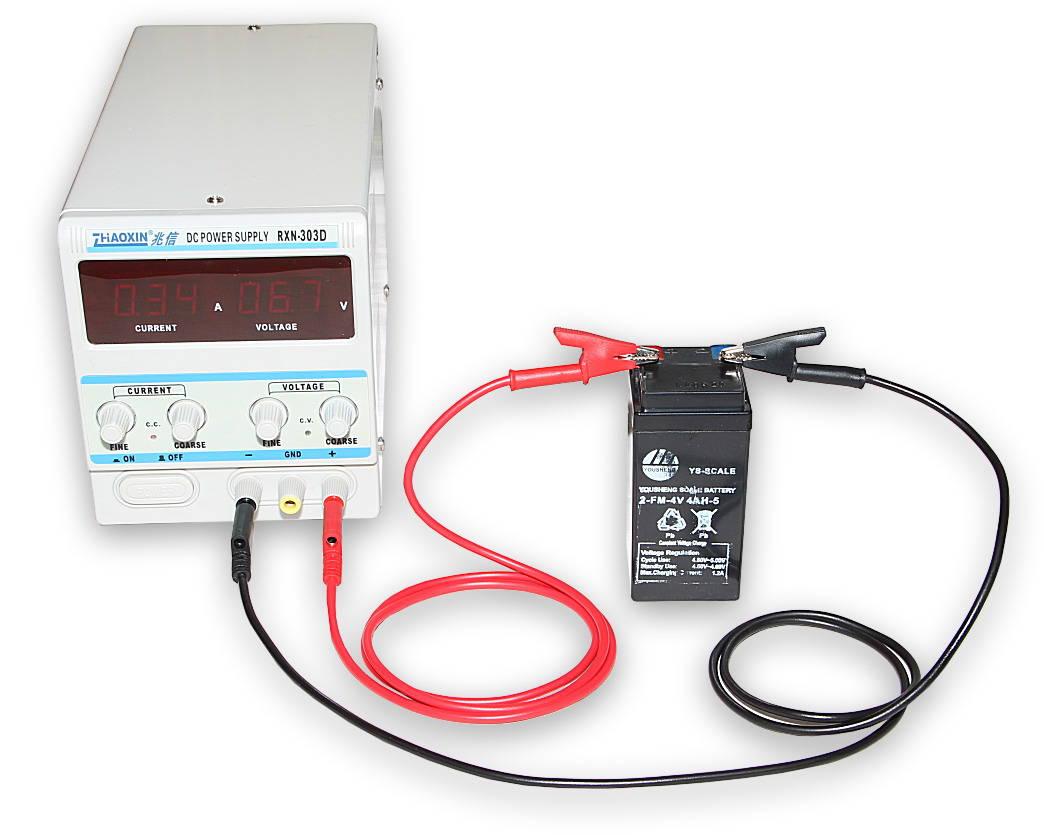 Kabel k laboratorním zdrojům 100cm zelený